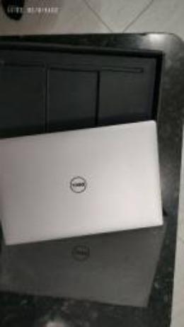 Notebook Dell Precision 5510 i7 SSD 512gb 16gb tela 15 4k touch video dedicada Nvidia