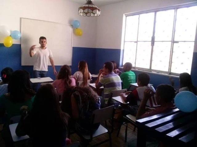 Professor de língua inglês inglês e português uff fluency is the objective