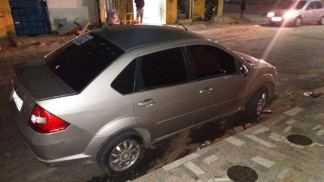 Fiesta  1.6 Flex carro com 81 .mil de km - Foto 3