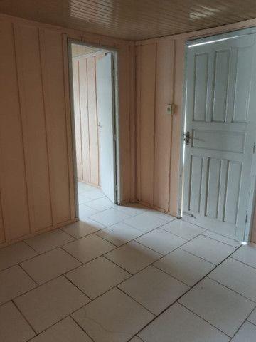 Aluga-se casa sozinha no terreno no Boqueirão! - Foto 2