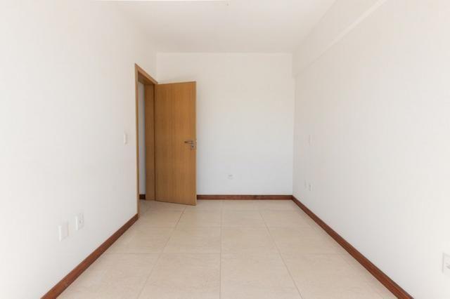 Apartamento novo em Torres de três dormitórios sendo um suíte - Foto 11