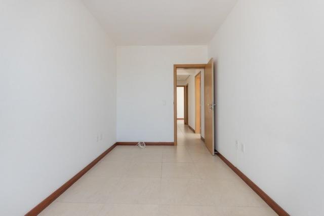 Apartamento novo em Torres de três dormitórios sendo um suíte - Foto 5