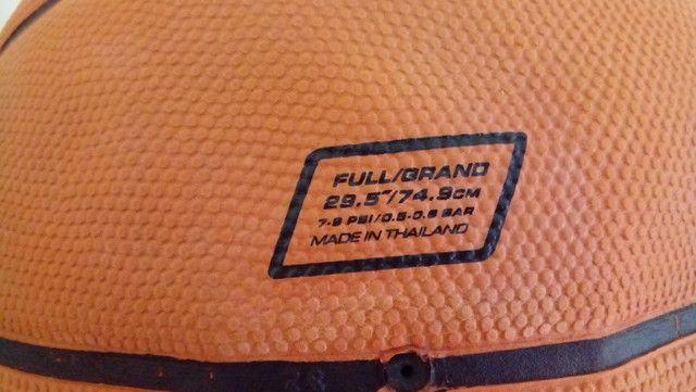 Kit Com Duas Bolas De Basquete - Nike e Adidas com defeito de fábrica - Foto 6