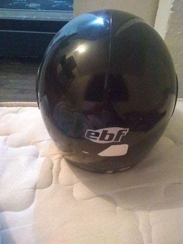 Vende se capacete Tam 56 pra hoje  - Foto 2