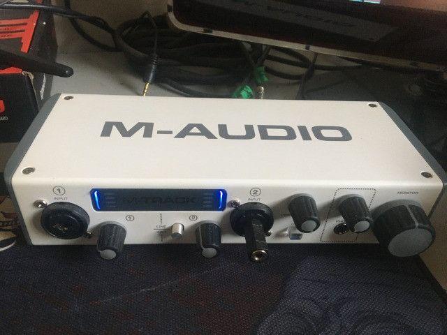 Interface de som m-audio m-trackII