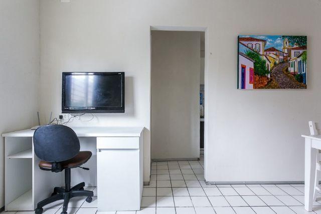 Mobiliado 11 A do Edf. Casa Blanca em Boa Viagem, Recife, no precinho - Foto 3