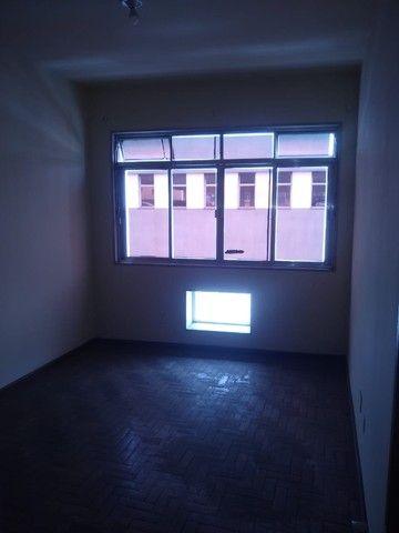 Apartamento Amplo 3 Dormitórios Sendo Uma Suíte - Foto 7