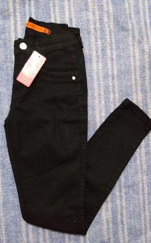 Calça Jeans Hot Pants Levanta Bumbum - Foto 2