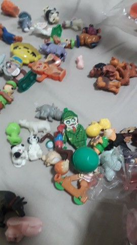 Brinquedos kinder ovo - Foto 4