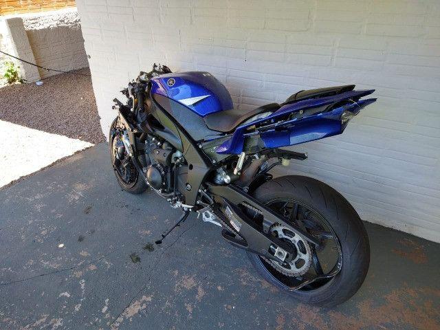 Sucata de moto para venda de peças Yamaha Yzf R1 crossplane 2014 14 - Foto 2