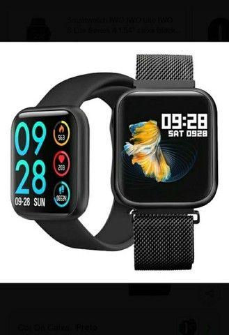 Relógio SmartwatchP70 com 2 pulseiras (aço/silicone) pretas.<br><br> - Foto 5