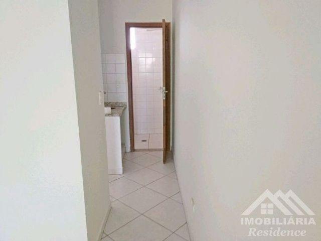 Apartamentos disponíveis: Apto 02 &gt; R$700,00<br>Apto 14 &gt; R$780,00<br>De esquina com a Av. - Foto 9