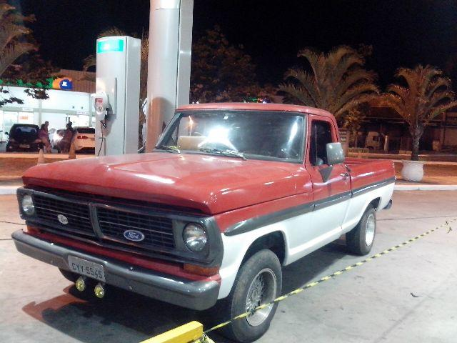 FORD F-100 F100</H3><P CLASS= TEXT DETAIL-SPECIFIC MT5PX > 36.000 KM | CÂMBIO: MANUAL | GASOLINA</P>