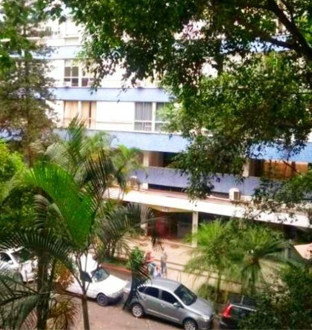 Oportunidade! Rua Anita Garibaldi - 2 quartos + área de dependências - 93m2 com vaga - Foto 3
