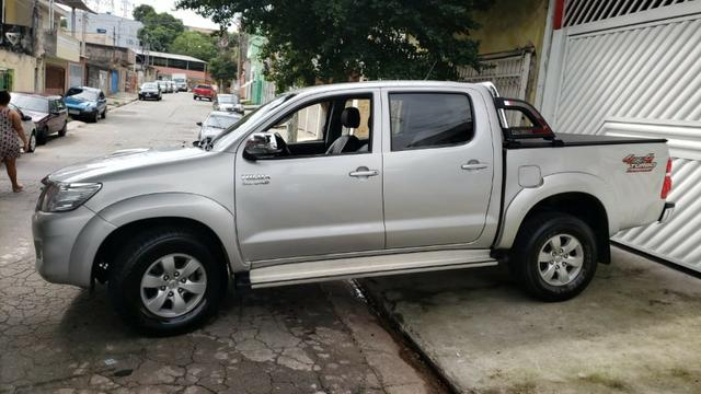 Toyota Hylux CD 3.0 SR 4 x 4, Ano 2013, Òtimo Estado, Aceito Troca