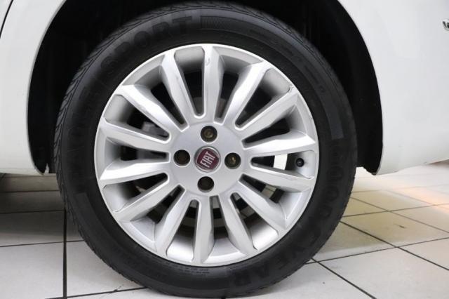 Fiat Linea ESSENCE 1.8 DUALOGIC 4P - Foto 17