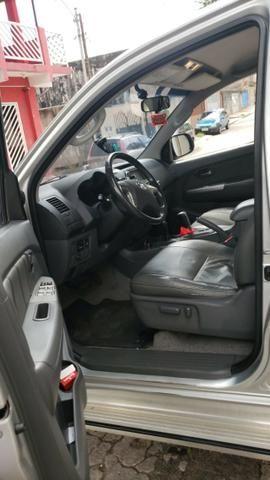Toyota Hylux CD 3.0 SR 4 x 4, Ano 2013, Òtimo Estado, Aceito Troca - Foto 6