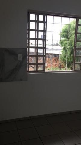 Alugo apartamento no centro - Foto 8