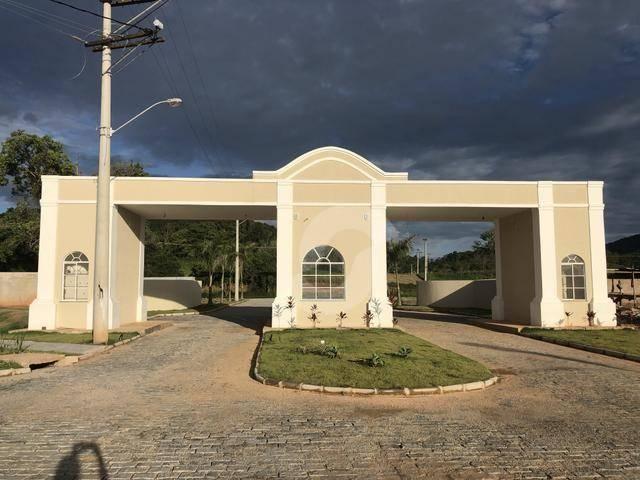 Terreno à venda, 240 m² por R$ 99.000,00 - Ubatiba - Maricá/RJ
