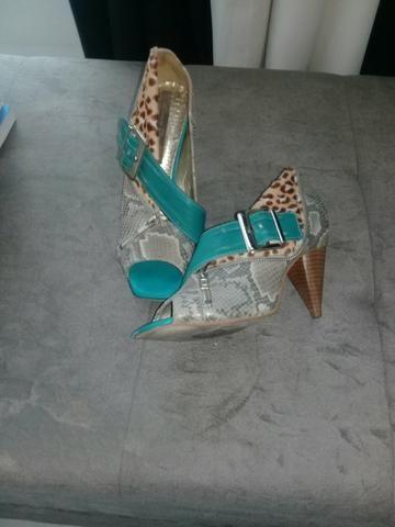 15ecd7ce22b Sapatos semi novos de grife - Roupas e calçados - Conselheiro ...