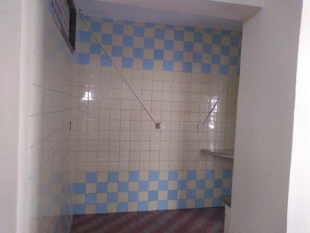 Casa com dois quartos e dois banheiros próximo ao supermercado Ofertão Max - Foto 5