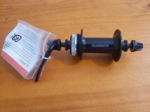 Cubo dianteiro Shimano TX 505 32F  - Foto 3