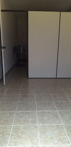 Aluga-se quarto conjugado com cômodo comercial em Franca-SP - Foto 2