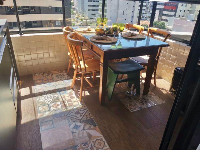 Lindo apartamento todo pronto com varanda gourmet na ponta verde - Foto 3