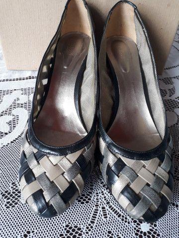 Sapato femenino número 43