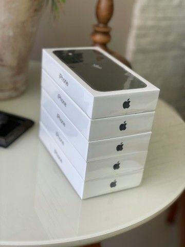 IPhone 11 64Gb Preto (lacrado) - Foto 2