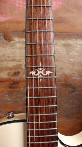 Kit Guitarra Ibanez ART120 Les Paul + Bag Premium + Cabo + Correia Planet Waves - Foto 5