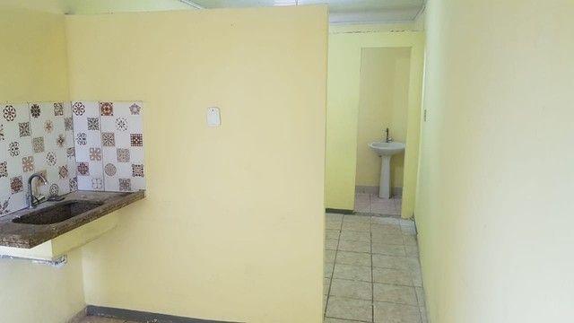 Aluguel de Kitnets R$380,00 com água e luz inclusas  - Foto 14