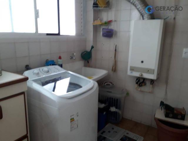 3 dormitórios amplos com armários planejados todos com sacada sendo 01 suíte com ar condic - Foto 2