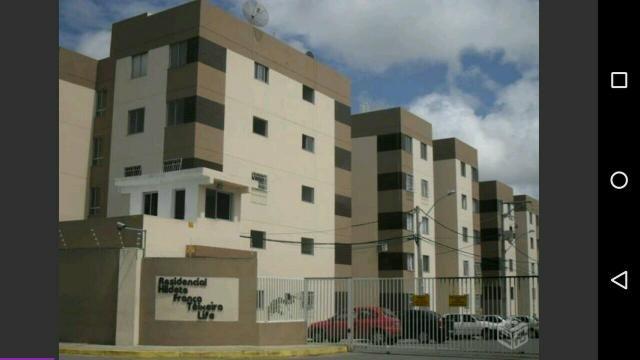 Alugo apartamento 3° andar Hildete França Teixeira Life