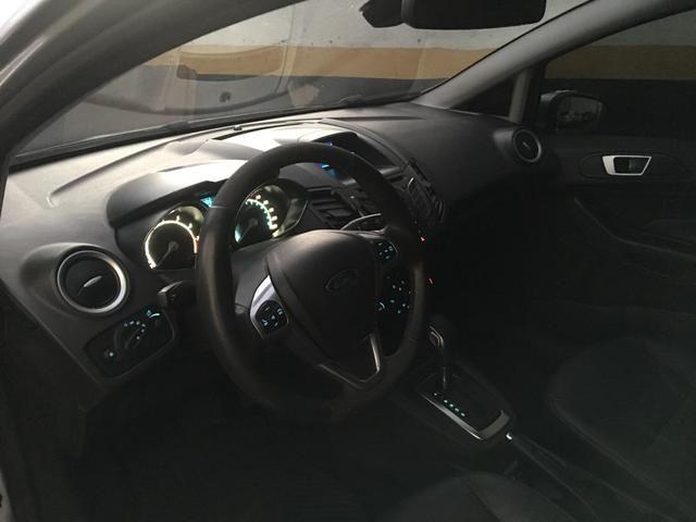 New Fiesta hatch Titanium automático com gnv 5 geração preço real - Foto 10
