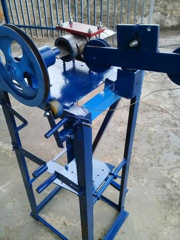 Maquina para fabricar tela alambrado - Sem Motor - Foto 5