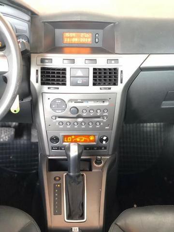 Vectra Hatch GT 2.0 48.000KM (Único Dono, Raridade Só 48.000 KM) - Foto 10