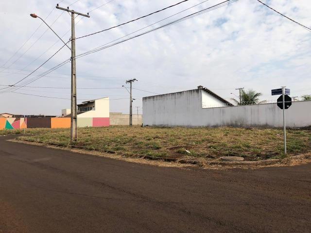 Vende-se Terreno Alto Trindade - Foto 2