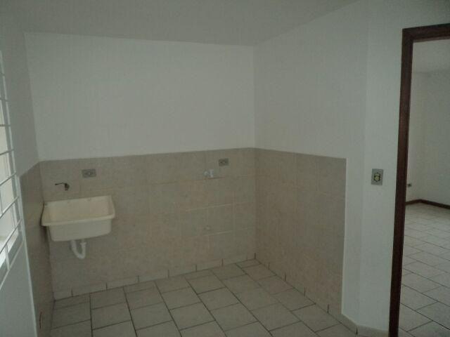 Apartamento terreo contendo 02 dormitórios, São Gabriel - Foto 4