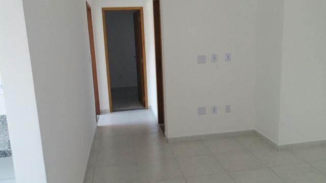 Apartamento no Pereque-açu, 2 dorm sendo 1 suite, segundo andar, piscina, elevador 015 - Foto 4