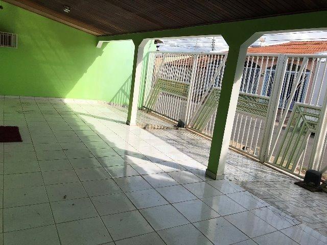 Casa CPA 4 com piscina, excelente estado de conservação - Foto 5