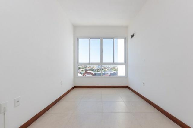 Apartamento novo em Torres de três dormitórios sendo um suíte - Foto 8