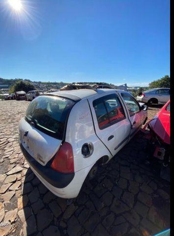 Sucata para retirada de peças- Renault Clio - Foto 2