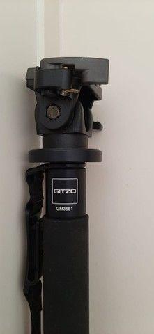 Monopé Gitzo Gm 3551 Fibra De Carbono Com Cabeça Manfrotto - Foto 4