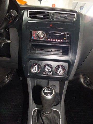 Volkswagen Fox 1.0 VHT (Flex) 4p - Foto 19