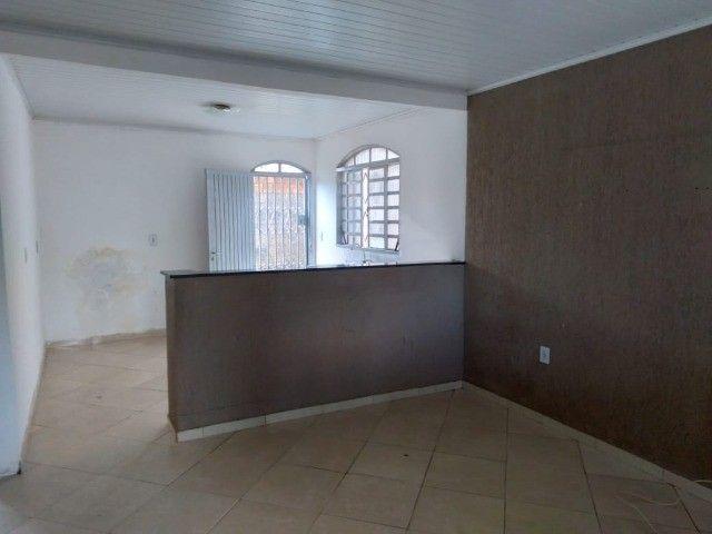 Casa 2 qtos, Jardim Zuleika, Rua Lorena, QD 15 , escriturado o terreno 300m²