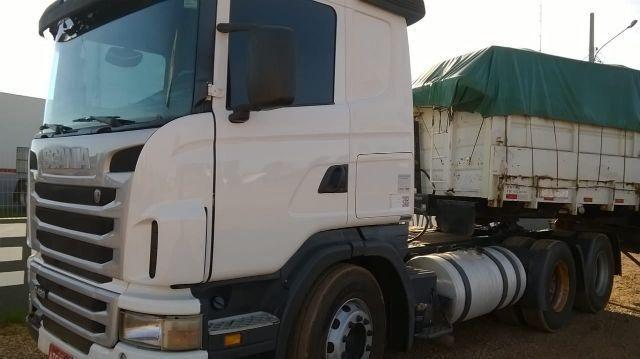 Scania com bi-caçamba pastre