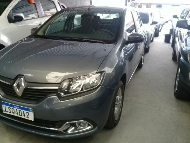 Renault-logan 1.6 valor anunciado tem mais 10 mil de entrada - Foto 3