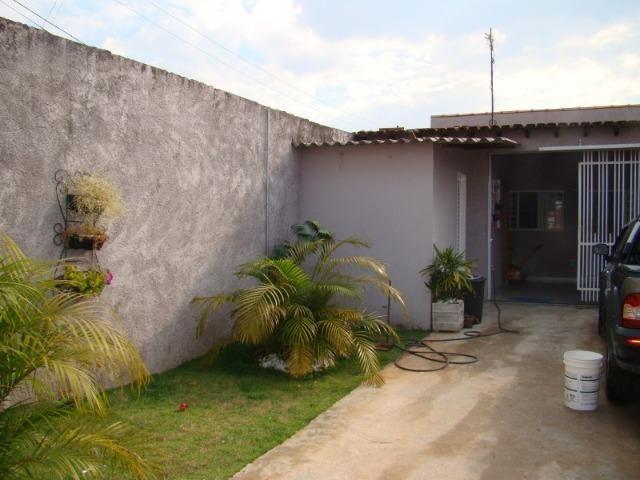 QNM 25 Ceilândia Sul Casa 3 quartos com suíte - Foto 3