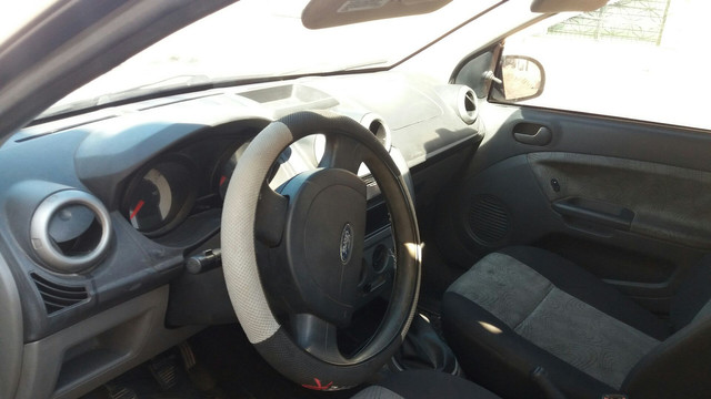 Fiesta  1.6 Flex carro com 81 .mil de km - Foto 4